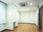 個室と4人部屋の療養室があります★