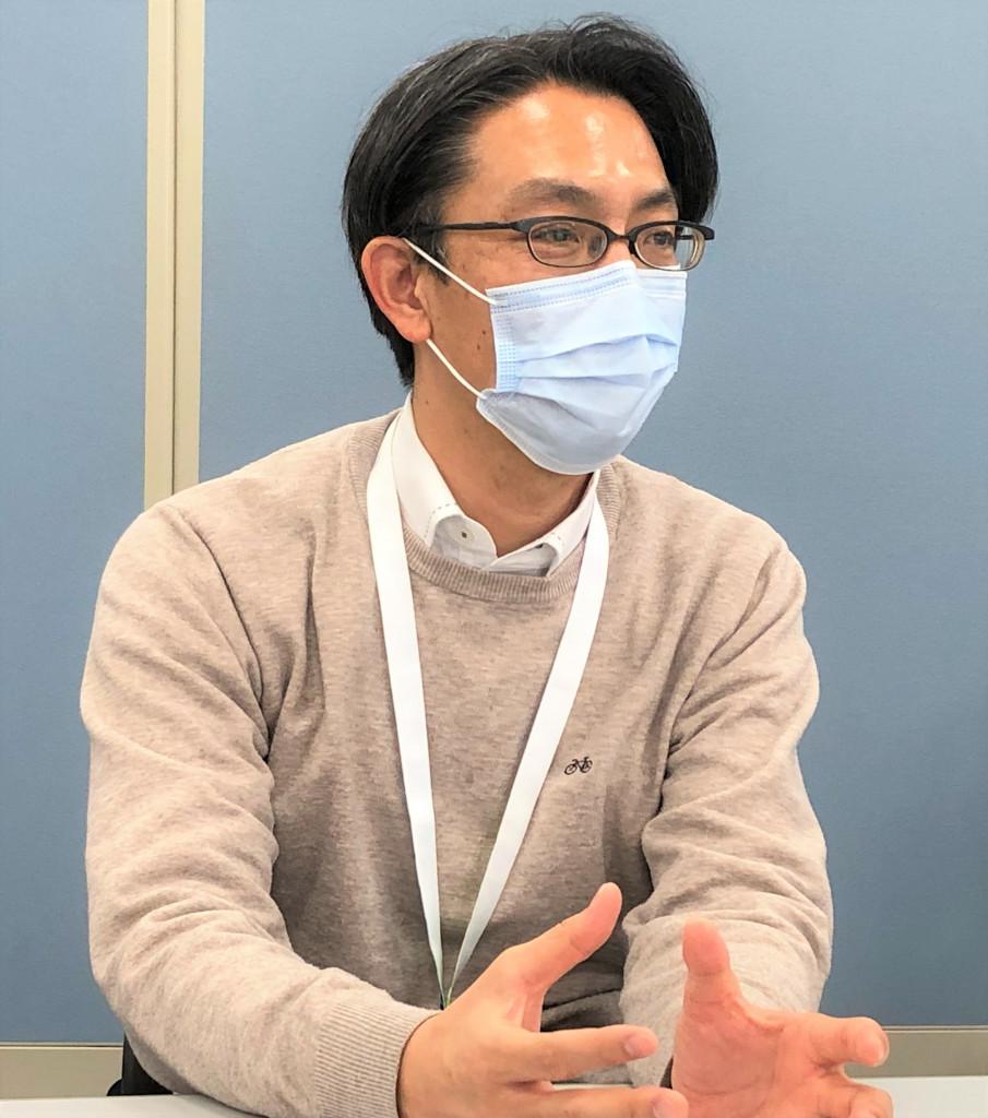 東京海上日動ベターライフサービス_インタビュー写真バストアップ加工_飯塚さん